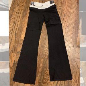 Very gently used lululemon pants!
